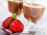 Лесен домашен течен шоколад със сухо прясно мляко, масло и какао в чаша